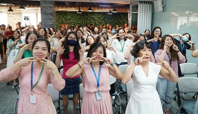 Nữ giới chiếm 68% nhân sự cấp cao của Manulife Việt Nam