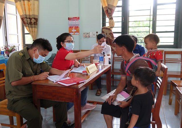 Đội ngũ tuyến đầu chống dịch Covid – 19 ở Đà Nẵng và nhóm trẻ em dễ bị tổn thương được Prudential Việt Nam phối hợp ưu tiên hỗ trợ