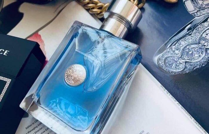 Versace Pour Homme – Mạnh mẽ và nồng nàn
