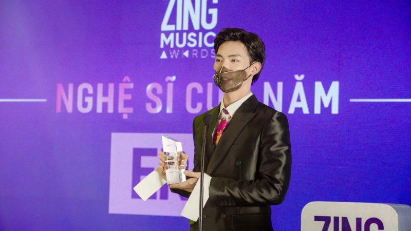 ERIK lại là Nghệ sĩ của năm tại Zing Music Awards 2020